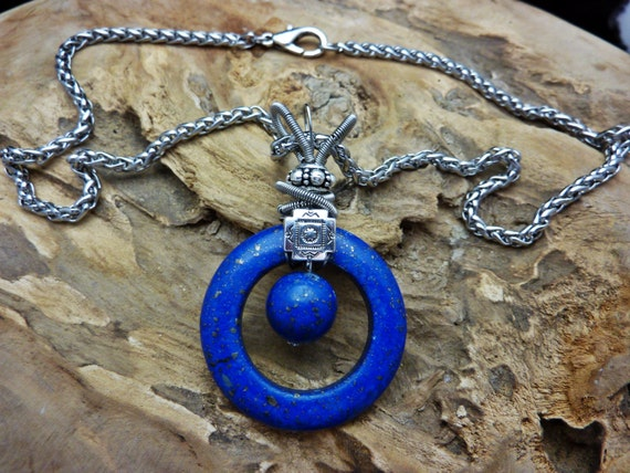 Lovely Natural Lapis Pendant Designer Statement Necklace