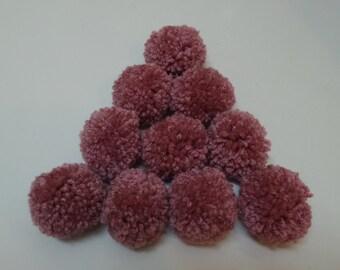 10 Dusty Rose Pompom Yarns, Antique Rose Pompom, Mud Rose, Pink Pompoms