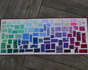 Gradient Quilted Wallhanging Ticker-Tape Style