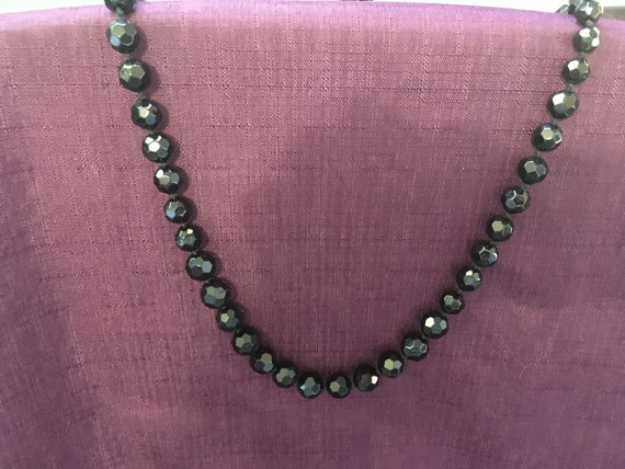 """Vintage Strand Of Small Jet Black Glass Beads Overall Necklace 36/"""" No Clasp"""
