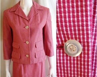 Vintage 1960s Spring Suit Red and White Seersucker MCM 38 x 25 x 36
