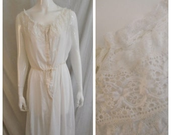446307f1227 Vintage 1910s Nightgown Lace and Ribbons Fancy White Cotton Edwardian  Lingerie Large Wearable. rue23vintage. 5 out of ...