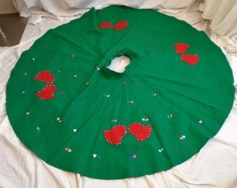 Christmas Skirt Vintage 1950s Skirt Circle Skirt Tree Skirt MCM Christmas Red and Green Felt Circle Skirt Appliqued Bells XS