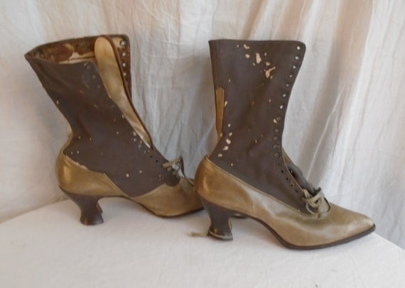 Vintage 1910s Boots Two Tone Womens Lace Up High T