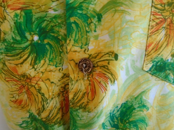 Vintage 1960s Hawaiian Shirt Cotton Floral Print … - image 4
