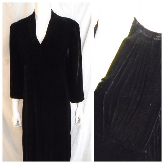 Vintage 1930s Dress Black Velvet Large Size Dress