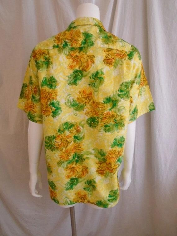 Vintage 1960s Hawaiian Shirt Cotton Floral Print … - image 5