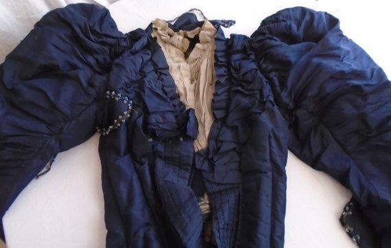Vintage 1900s Bodice Blue Silk Top with Huge Leg o