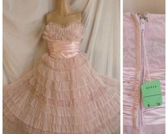 Vintage 1950s Formal Pink Ruffled Net Strapless Prom Dress NWT Full Skirt XS