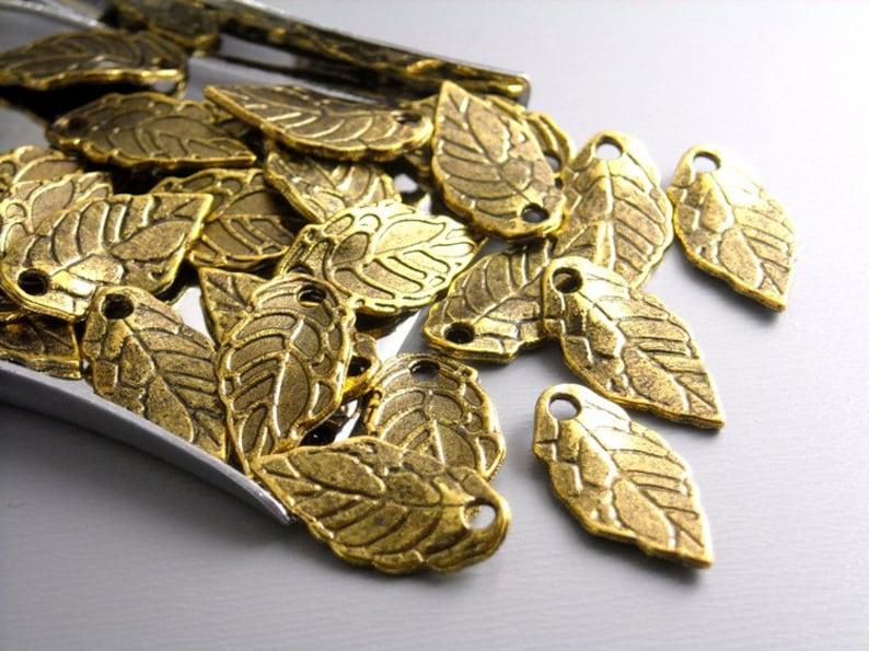 CHARM-GOLD-LEAF-16MM 20 pcs Antique Gold Mini Leaf Charms