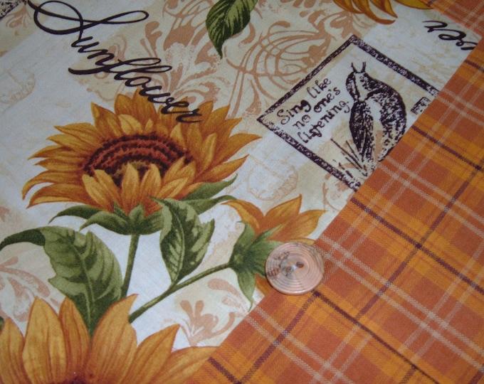 FallTable Runner - Sunflower with Plaid Fall Table Topper - Autumn Table Runner - Thanksgiving Decor
