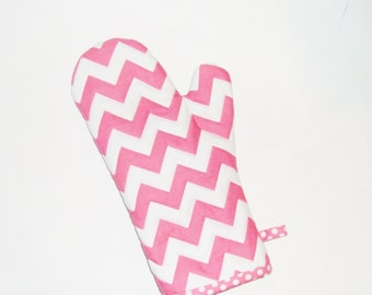 Oven Mitt - Pink Chevron and Polka Dots -Gift for Mom-Gift Under 20
