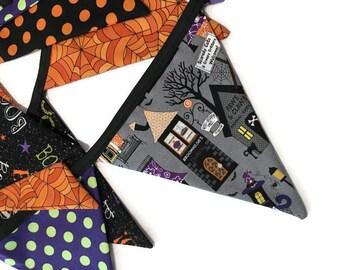 Halloween Bunting - Halloween Decor - 13 Fabric Flags - 9 feet (274 cm) - Reversible