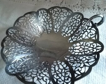 Vintage Lacy Candy Dish Silver-Plated  Candy Dish Love Lace International Silver Company Wedding Decor Cottage Charm