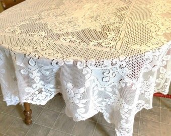 Vintage White lace Tablecloth-62x80 inches