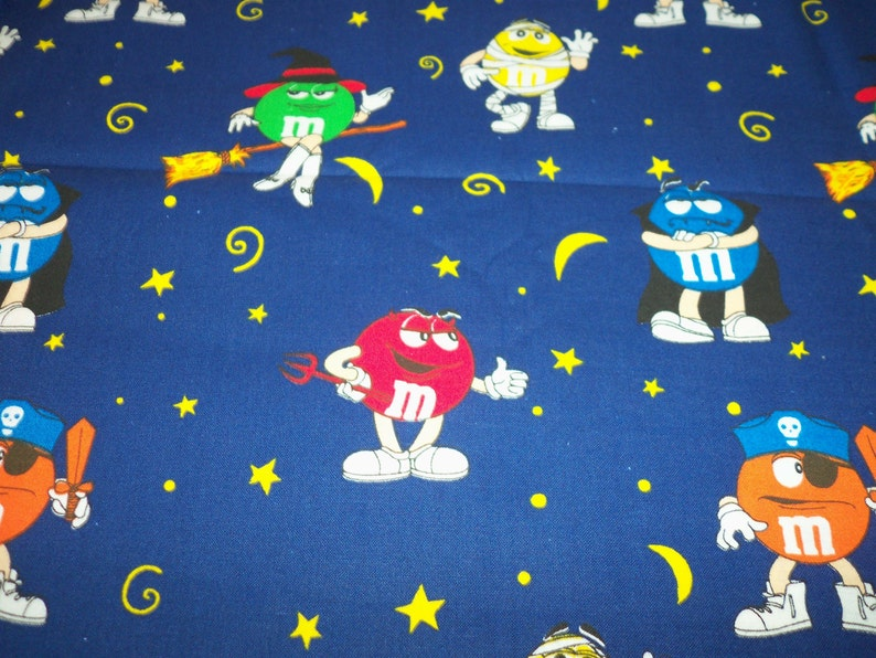 M/&M/'s Halloween Fabric All the Characters in Costume Ready for Trick or Treat New By The Fat Quarter fabricnmore