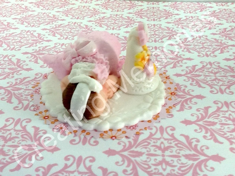 18 EDIBLE BABY CLOTHES WASHING LINE SET;   CAKE TOPPER
