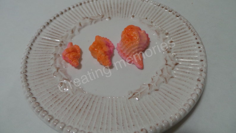 The perfect touch for youe nautical theme party Fondant SEASHELLS for your MOANA party theme  24 seashells for cake or party favors