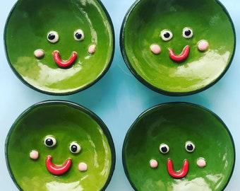 Pea face Ceramic Trinket Dish/ring dish.Porcelain Pea Dish.Small ceramic/pottery dish.Handmade tea bag holder/jewellery dish.Quirky gift