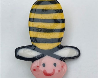 Cute Bumble bee Brooch/pin/button/badge.Ceramic/Porcelain.Bee badge.Insect jewellery .Handmade in Wales ,Uk