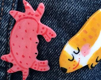 Crab Brooch/pin/button/badge.Animal badge.Ceramic/Porcelain.Seaside jewellery.Handmade in Wales ,Uk