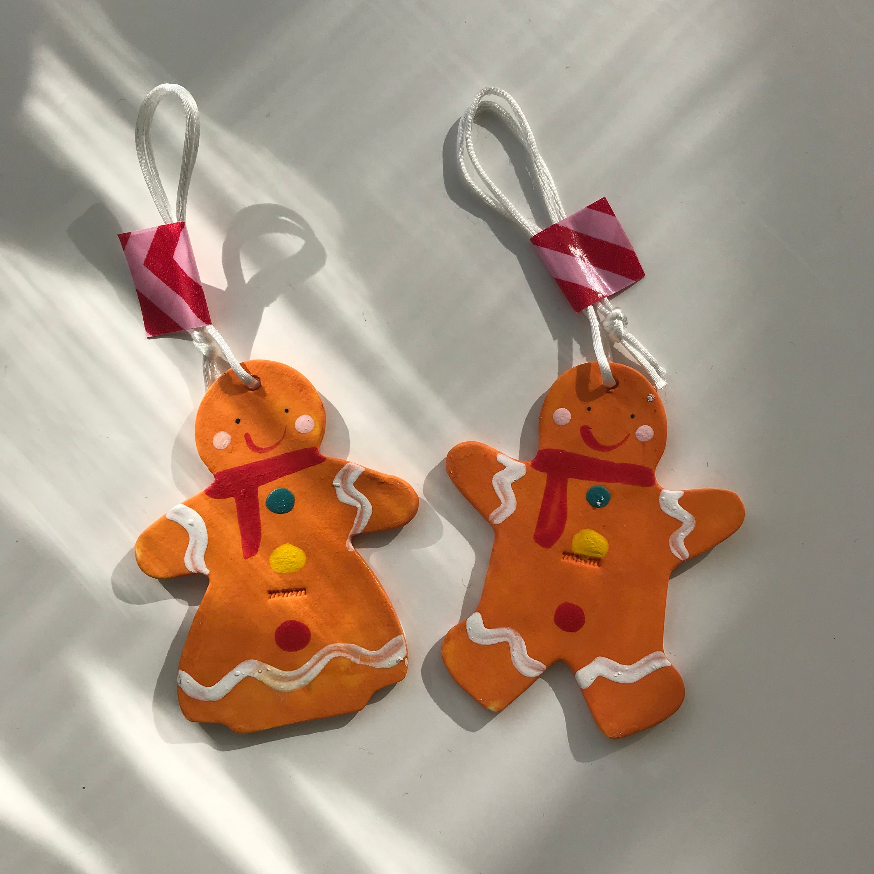 Gingerbread Man and Lady Hanging Decorations.ornament ...