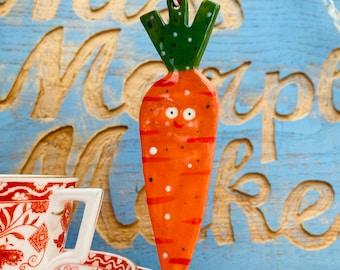 Carrot Decoration.Ceramic/Porcelain.Vegetable ornament.Carrot window hanger.Ceramic gift.Handmade in Wales,Uk