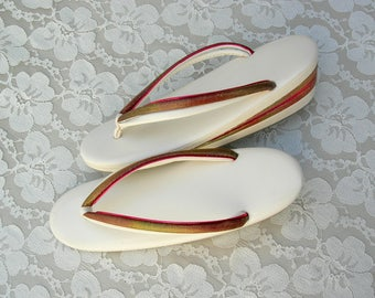 Authentic Japanese Zori, adult women's traditional formal thong sandals, like new, sz S/M