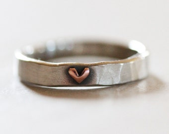 Wife Gift / Heart Ring / Girlfriend Gift / Stackable Ring / Graduation Gift / Gift for Her / Love Ring / Anniversary Gift / Gift For Her