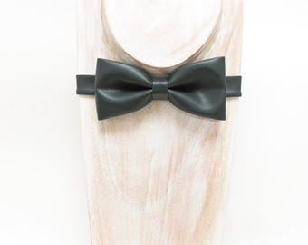 Dark Forest Green Faux Leather Bow tie