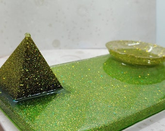 Peridot Pyramid & Green Holographic glitter dish Tray for Altar Decor or Supplies