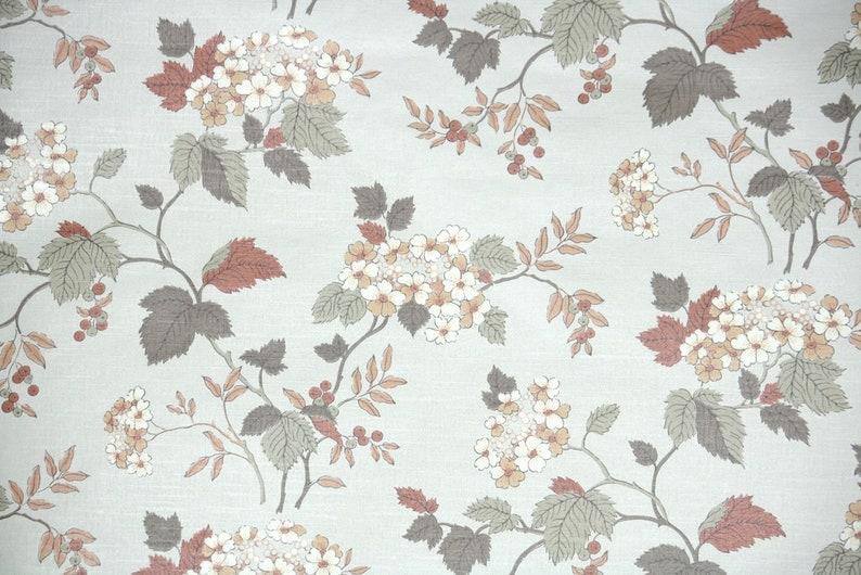 Rasch Boutique Floral Mauve Lilac Mint Green Flower Trail Sketch Wallpaper