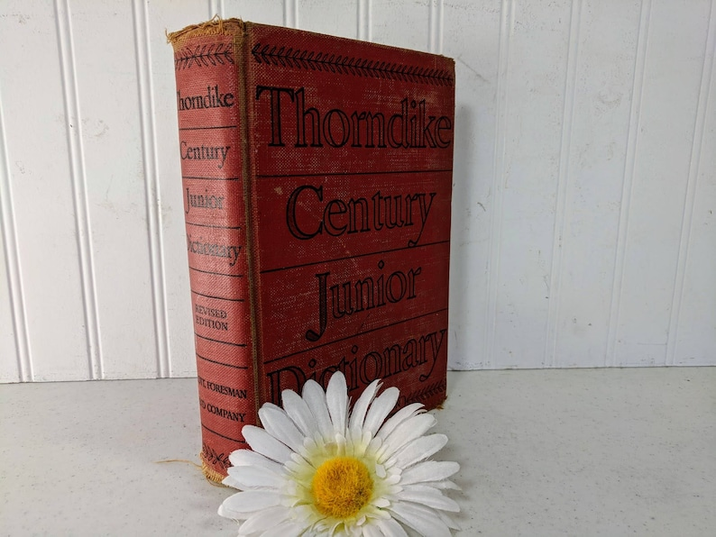 87fa7e9ebeef Thorndike Century Junior Dictionary Revised Edition Book ©1942