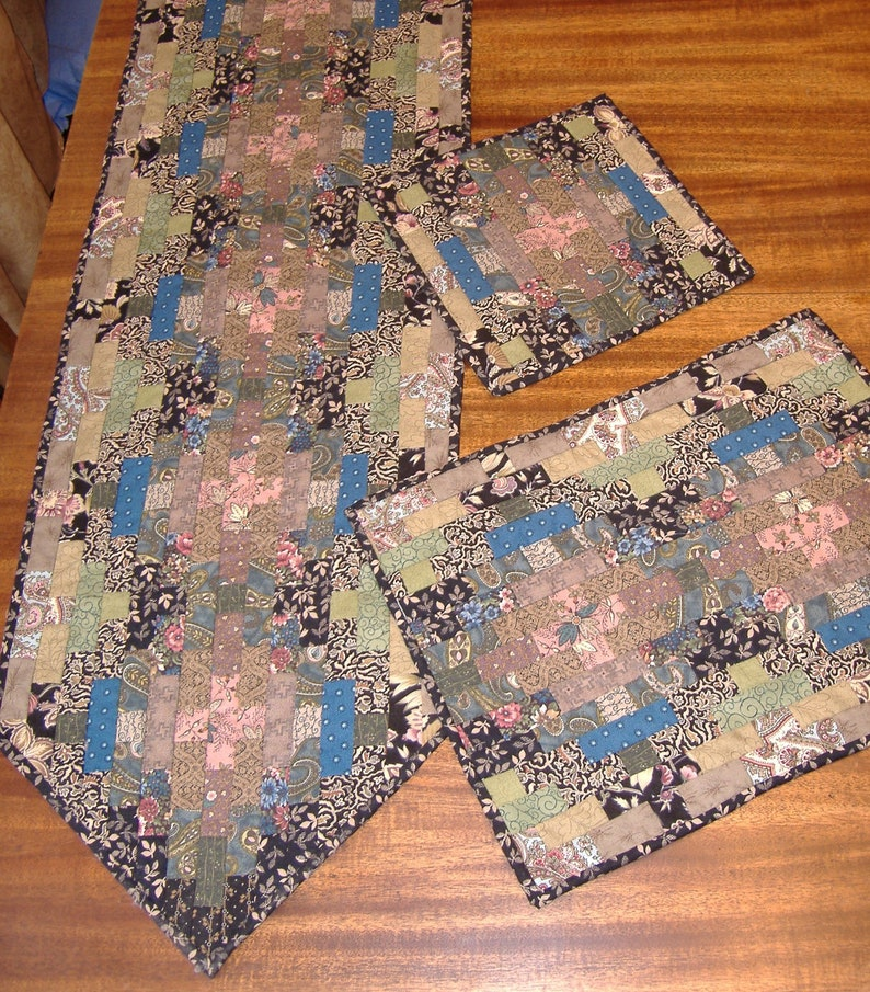Flip and Sew Tableware Pattern image 0