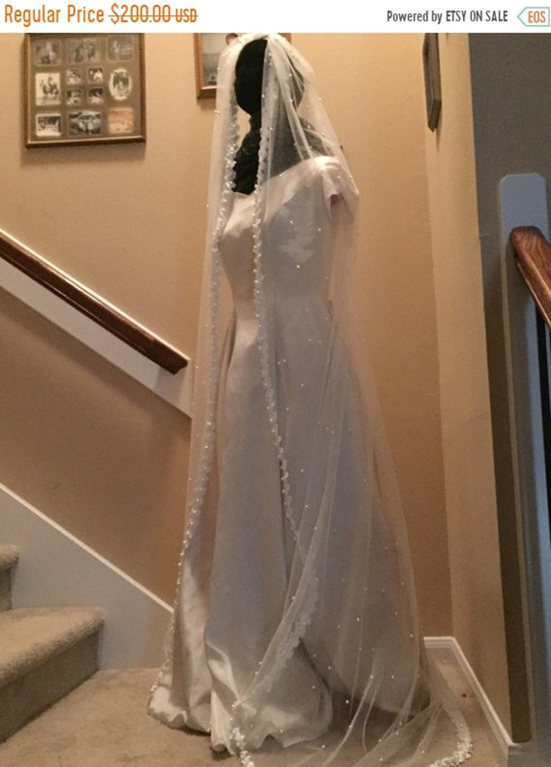 BIG The Margot Veil Bridal Veil  Pearl Veil image 1