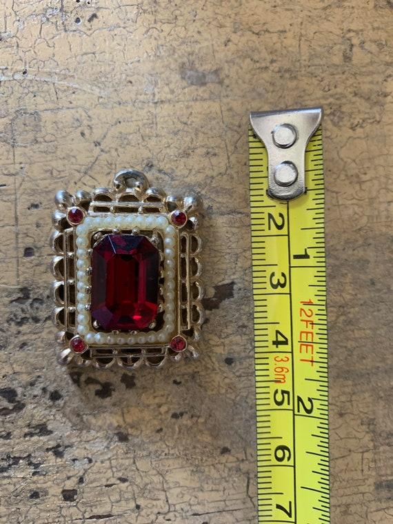 Vintage 1960s red rhinestone pendant - image 3