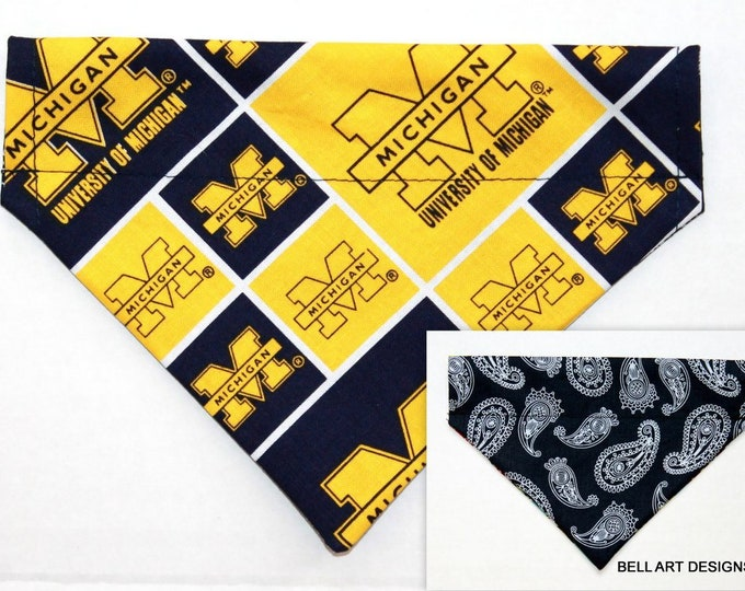 UNIVERSITY MICHIGAN , Over the Collar ~ Reversible ~ Dog Pet Bandana ~ Bell Art Designs ~ Small 612