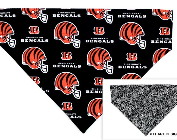 DOG BANDANA ~ Cincinnati Bengals, Over the Collar ~ Reversible ~ Bell Art Designs - Extra Large 253