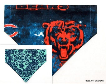 92f5f514d73 CHICAGO BEARS, Over the Collar ~ Reversible ~ Dog Pet Bandana ~ Bell Art  Designs ~ Extra Small ~ 247