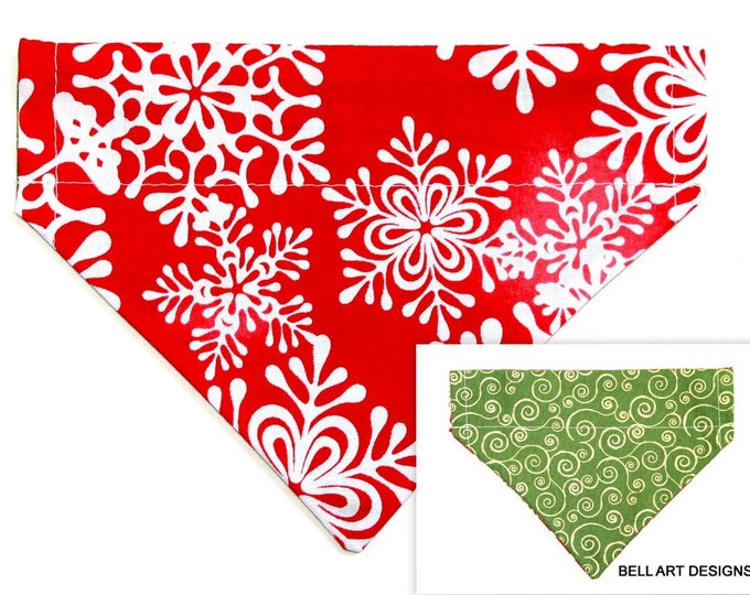 DOG BANDANA ~ Over the Collar ~ Reversible ~ Christmas ~ Snowflakes ~ Bell Art Designs ~ Small 427
