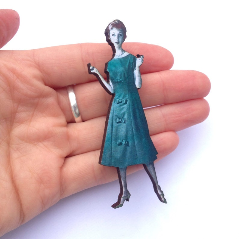 1950s 1960s Lady wearing Dark Green dress Vintage Fashion Model Wooden brooch pin  Birthday Gifts for Fashion Student Gifts Burlesque Pinup