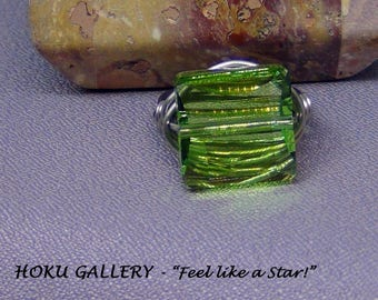 Wire wrapped / Peridot Green Swarovski Crystal Ring - Surgical Steel - Size 7 - Hand Crafted Artisan Jewelry