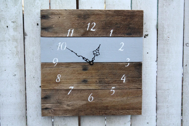 horloge bois de palettes r cup r horloge murale rustique etsy. Black Bedroom Furniture Sets. Home Design Ideas