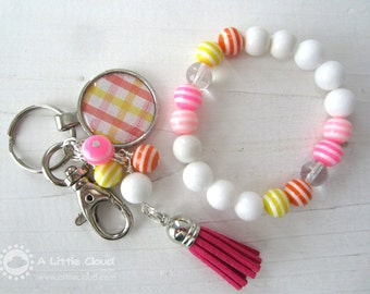 Pink Lemondade, Fun Keychain and Stretchy Bracelet Coloured Gift Set for a Young Girl, Teenager, Citrus