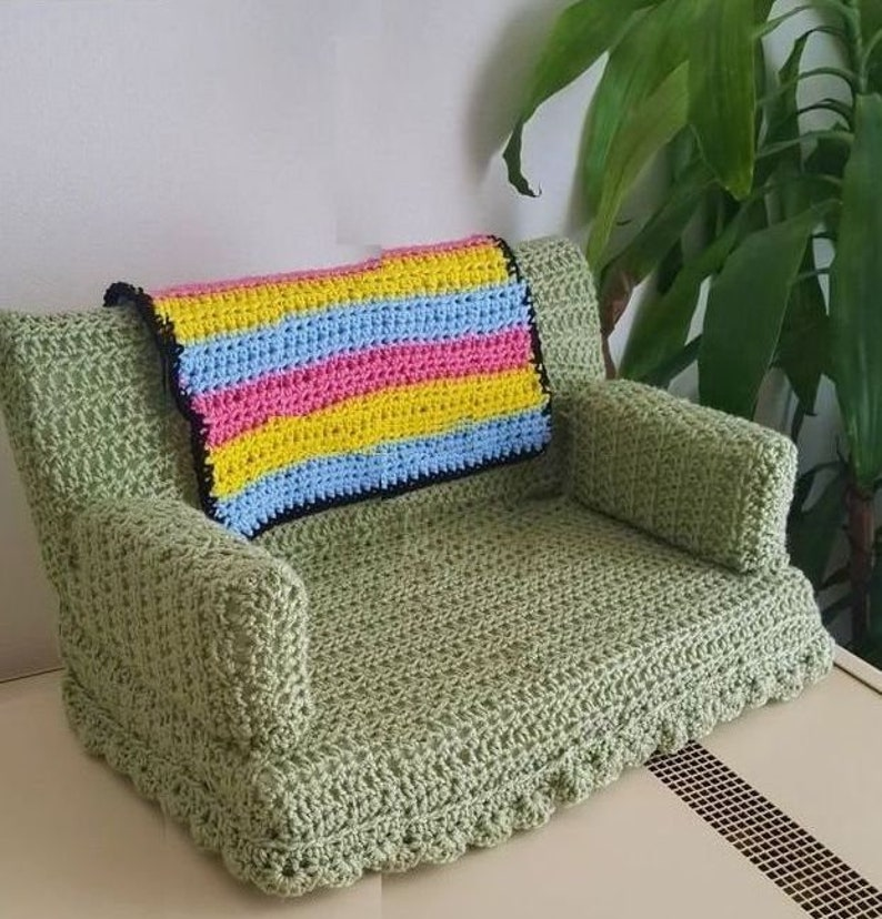 Crochet Cat Couch  Kitty Bed Chair Pattern  PDF Make in Different Sizes