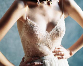 Godiva French Chantilly Lace and tulle Bodysuit in Ivory