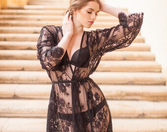 Boudoir Lace Robe in Black