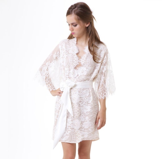 79ff7d7fc99 Swan Queen Scalloped Lined Bridal Lace kimono robe ivory off