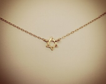 Tiny Gold Star of David Jewish Necklace, Trendy Hollywood Style 14K Gold-filled Chain with vermeil star charm