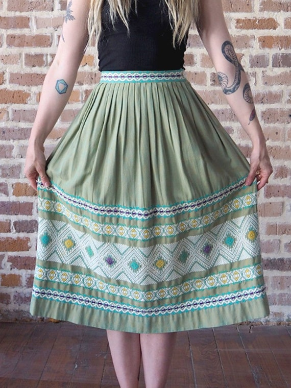 50's Green Guatemalan Embroidered Skirt